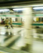 帰宅途中、埼京線新宿ホームにて