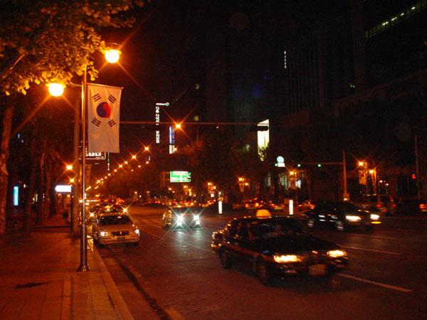 ソウル江南のテヘラン路