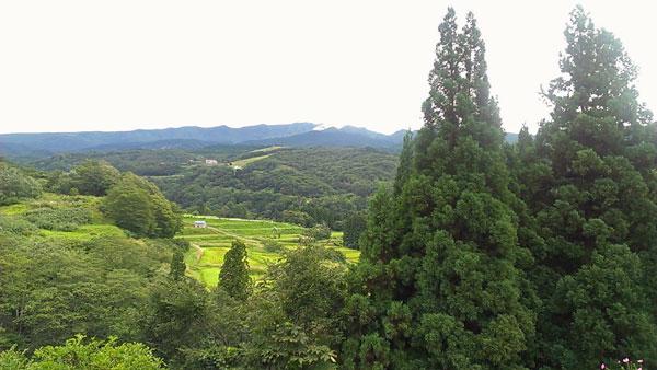 田麦荘からの月山の眺め
