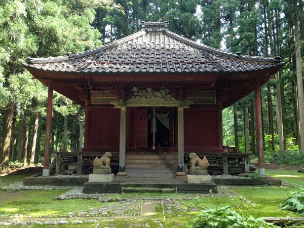 鶴岡・本明寺即身仏堂