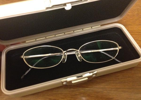 boxyアルミ製メガネケース