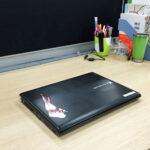 机の上をさらにシンプルに整理整頓