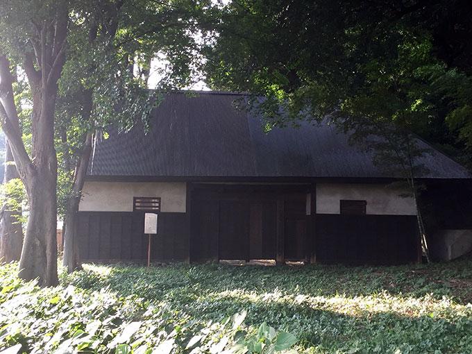 柳瀬荘・長屋門