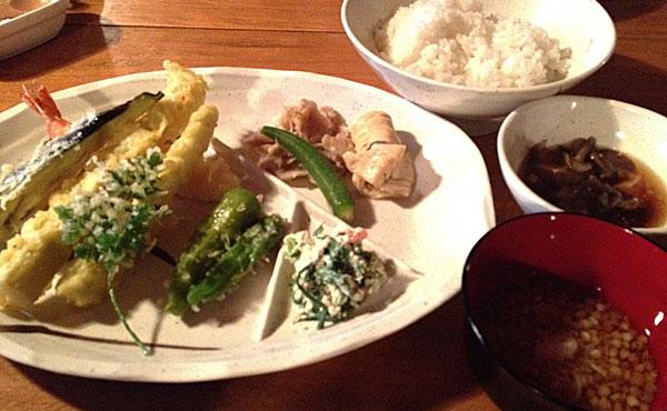 月山・山頂小屋の夕食