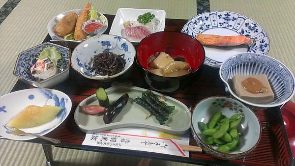 羽黒館の夕食