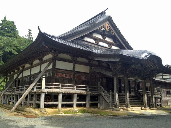 鶴岡・注連寺本堂