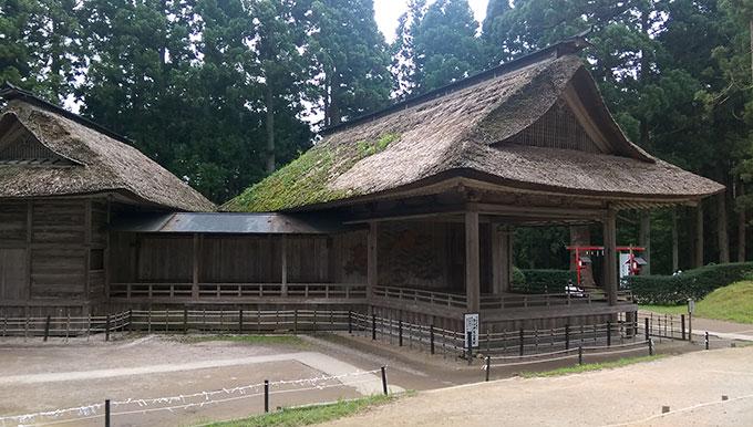 平泉・白山神社能舞台