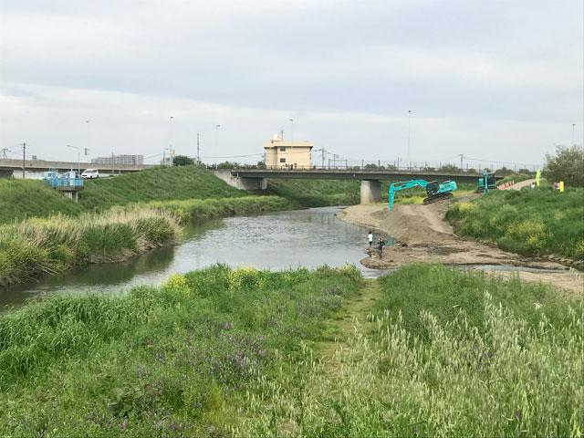新河岸川と不老川の分岐点(川越)