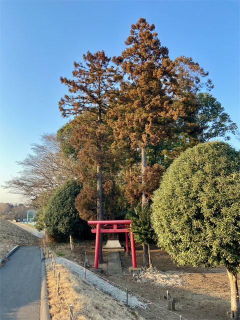 稲荷社(西貝塚)