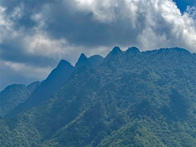 志賀坂諏訪山