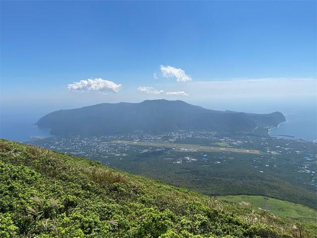 八丈島山頂からの眺望